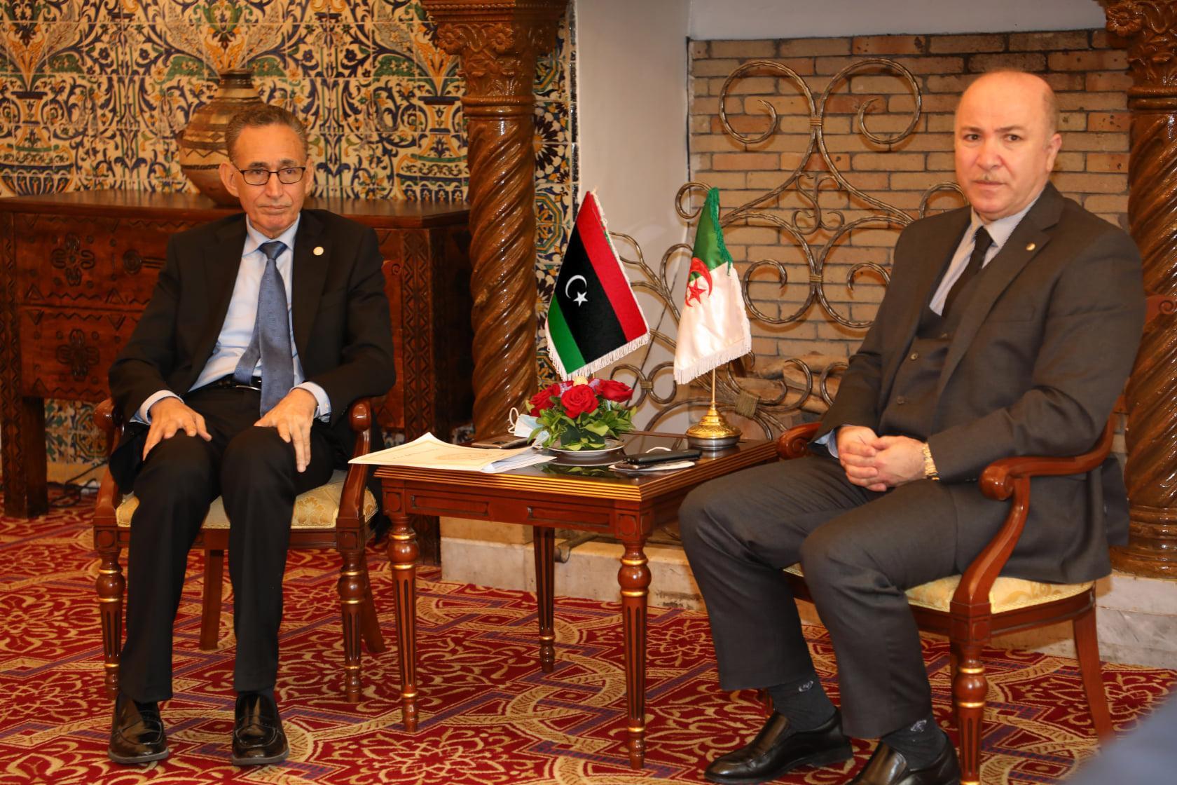 ليبيا تسعى لتفعيل الاتفاقيات التجارية والاقتصادية مع الجزائر