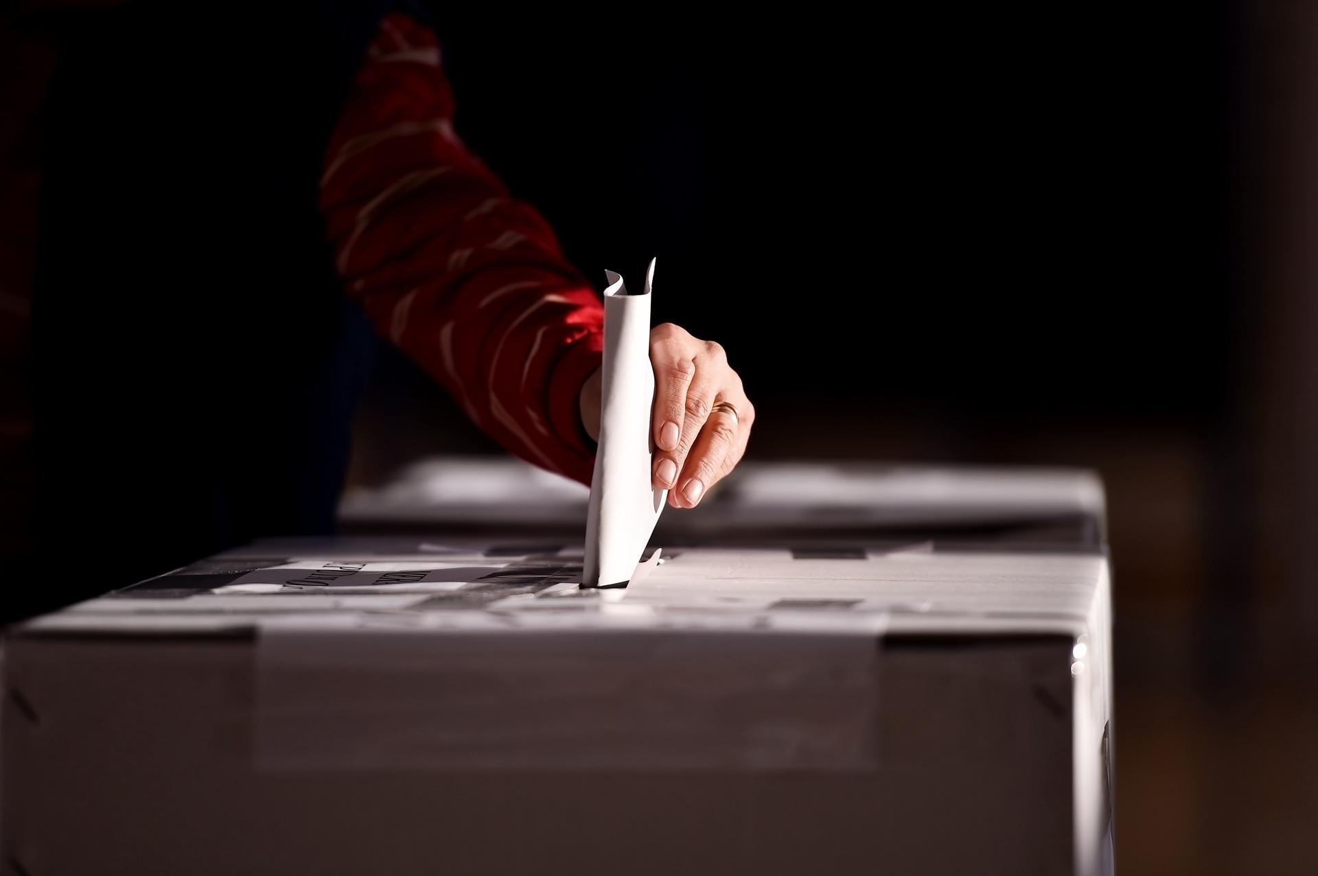 """من المستفيد من عرقلة """"انتخابات ديسمبر"""" في ليبيا؟"""