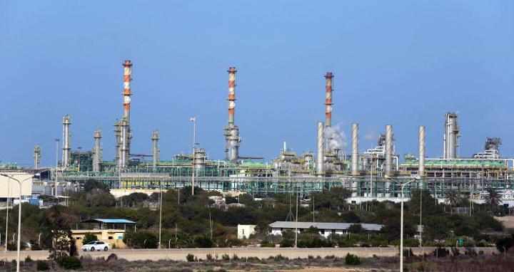 ليبيا تعلن تعطل جزء من إنتاجها النفطي بسبب تسرب في خطوط الأنابيب