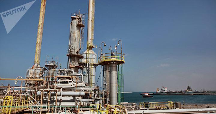 رئيس مؤسسة النفط الليبية يهاجم وزير النفط والغاز محمد عون.. فيديو