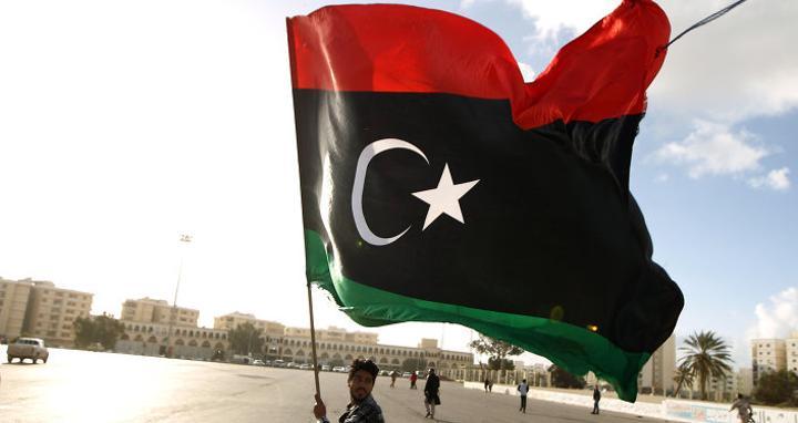 محتجون يمنعون تحميل النفط عبر ميناء الحريقة في ليبيا