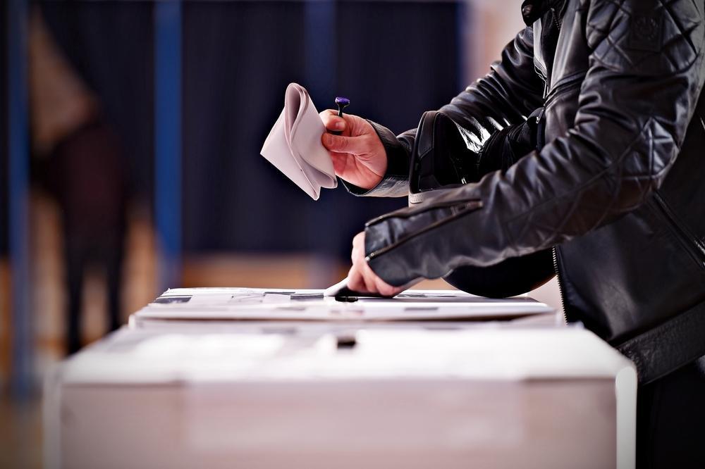 السفارات الغربية تحث الليبيين على الالتزام بانتخابات ديسمبر