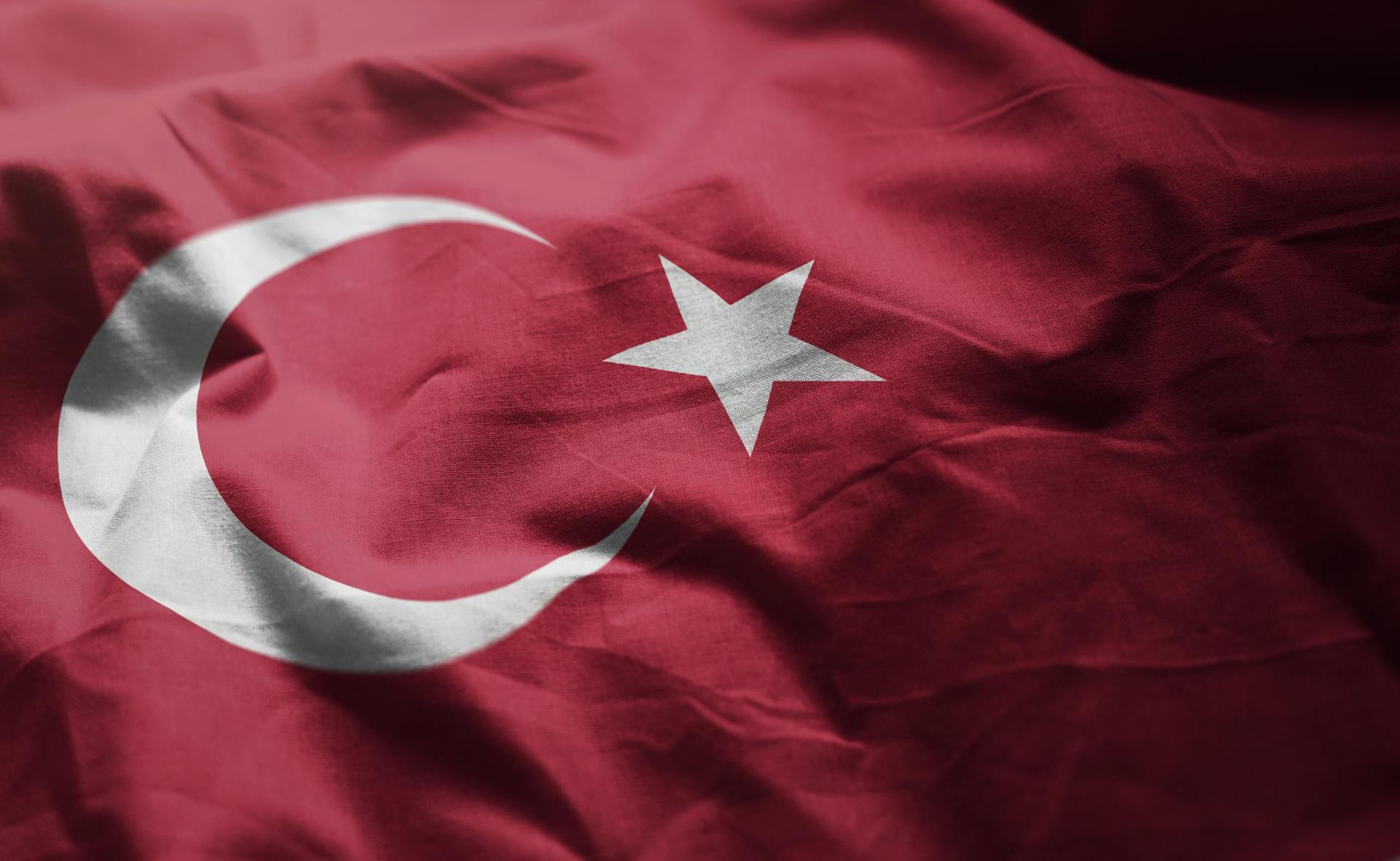 """تقرير: تركيا تنفض الإخوان وتسعى لكسب ود """"أبناء القذافي"""""""