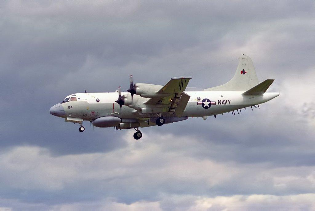 مهمة استطلاع أمريكية قبالة ساحل ليبيا الغربي