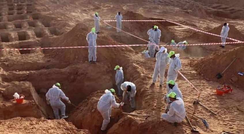 انتشال 5 جثث مجهولة الهوية من مقابر جديدة بترهونة
