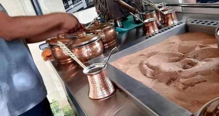لأول مرة في ليبيا... مهرجان في طرابلس بمناسبة يوم القهوة العالمي... صور