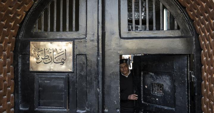وزير ليبي يدعو لحل مشاكل السجناء الليبيين في مصر