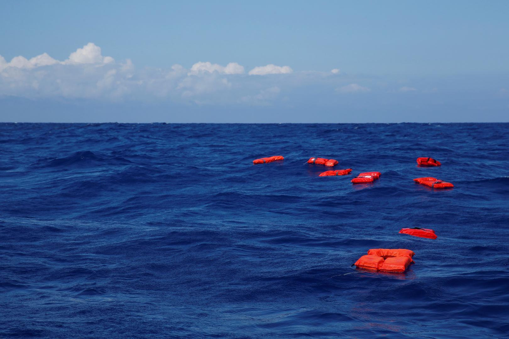 انتشال 15 جثة لمهاجرين في المتوسط قبالة السواحل الليبية