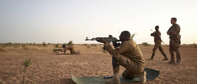 Dialogue avec les djihadistes au Mali: Paris fait évoluer sa position