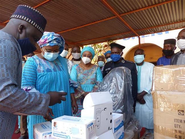 Lutte contre le Covid-19 : 5,4 millions de masques offerts par Muso-Mali