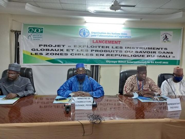 Mali : le projet « Exploiter les Instruments Globaux et les Produits du Savoir » lancé