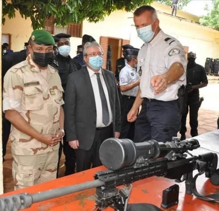 Pour prévenir et combattre le terrorisme et le crime transnational : L'Ambassade de France au Mali dote le Gipn en équipements d'intervention