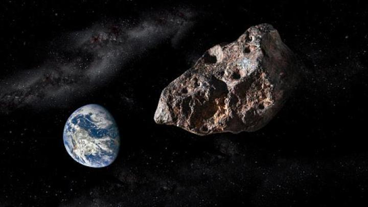 ناسا: كويكب يزيد حجمه عن برج إيفل يقترب من الأرض