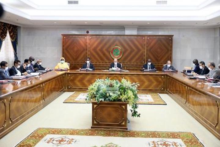 مجلس الوزراء يبدأ اجتماعه الأسبوعي