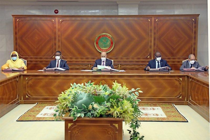 تعيين مديرة جديدة لسوماغاز وأمناء عامين لعدد من الوزارات (أسماء)