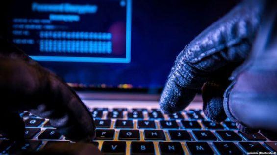 بعد الدعوة إلى مقاطعة المنتجات الفرنسية.. هجوم إلكتروني يستهدف مواقع فرنسية على الأنترنيت