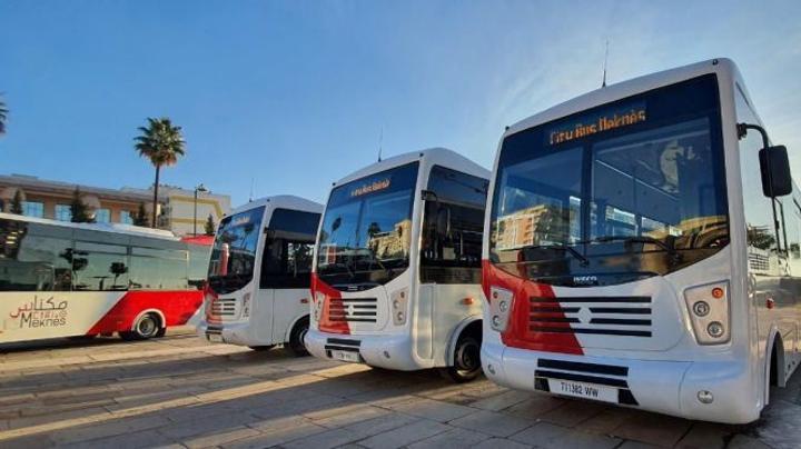 بالصور: شركة النقل الحضري بمكناس تطلق حافلات متطورة