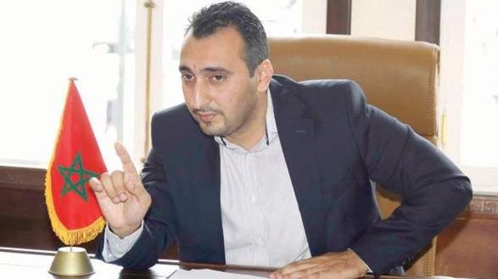 انتخاب إسحاق شارية خلفا لزيان على رأس الحزب المغربي الحر
