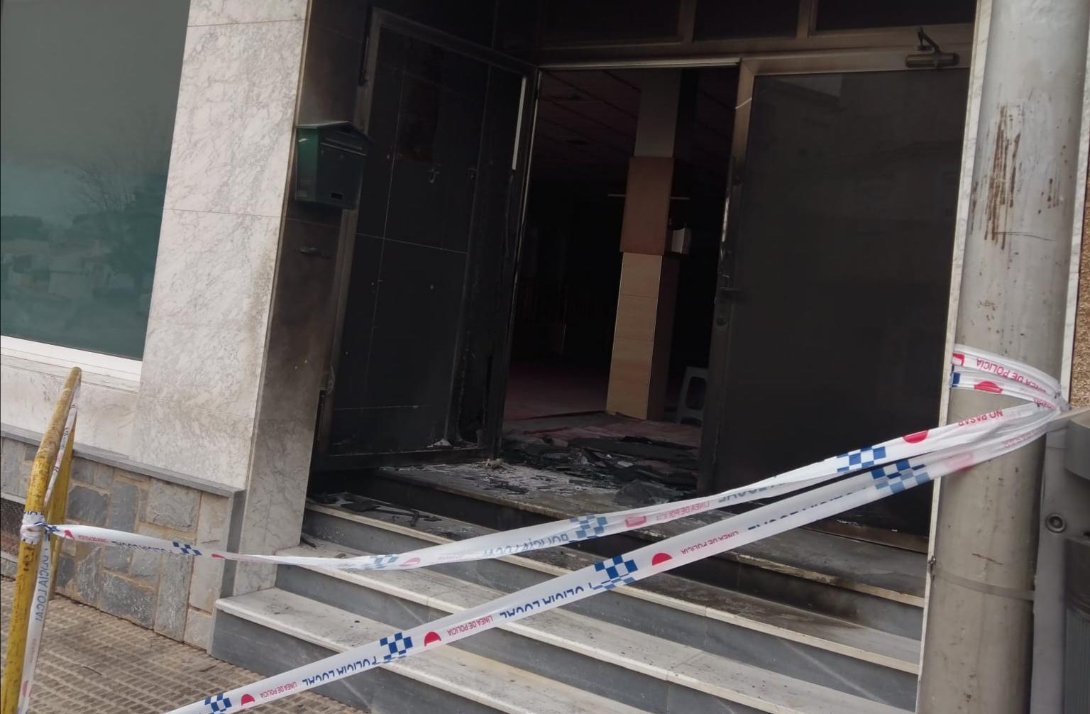"""الشرطة الإسبانية تحقق في إعتداء عنصري على مسجد ضواحي """"مورسيا"""""""