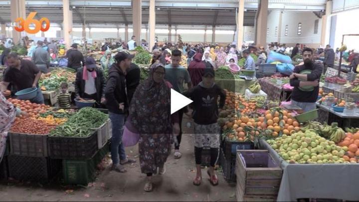 بالفيديو: جولة داخل أسواق الخضر والفواكه بمدينة العيون