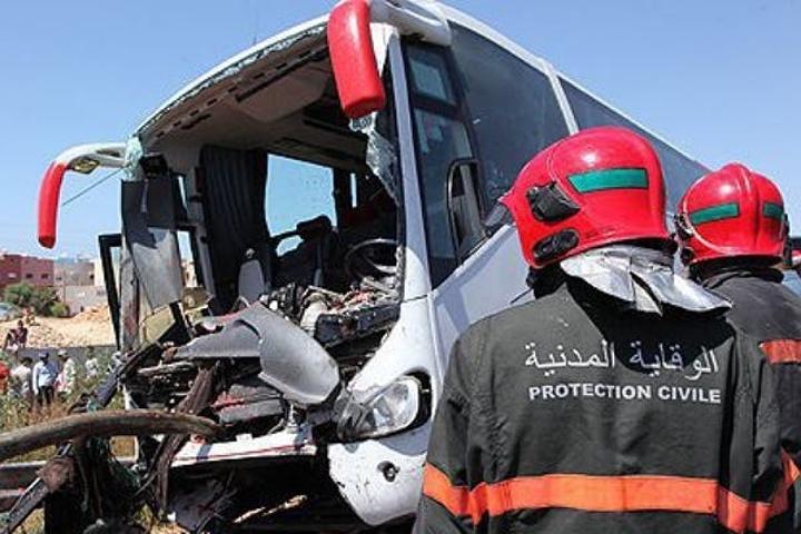 القنيطرة.. مصرع شخصين وإصابة 30 آخرين في حادث انقلاب حافلة
