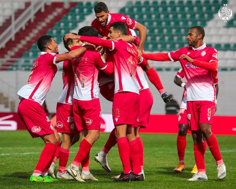 الوداد البيضاوي يواجه مولودية الجزائر في ربع نهائي دوري أبطال إفريقيا
