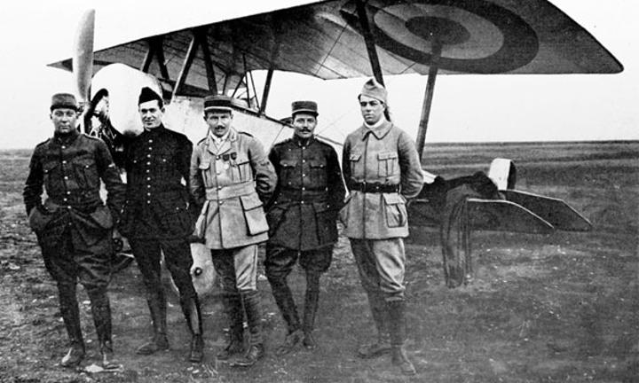 حرب الريف: عندما استعان الفرنسيون والإسبان بطيارين أمريكيين لقصف مدينة شفشاون