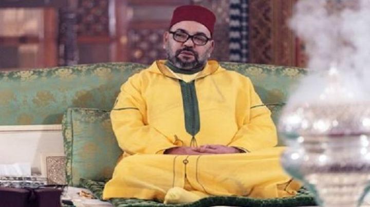 الملك يأمر بإعادة فتح المساجد المُغلقة
