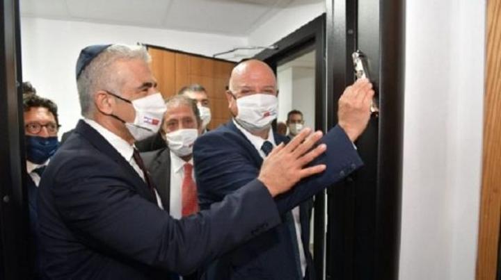بالصور: رئيس الدبلوماسية الإسرائيلية يفتتح مكتب اتصال الدولة العبرية بالرباط