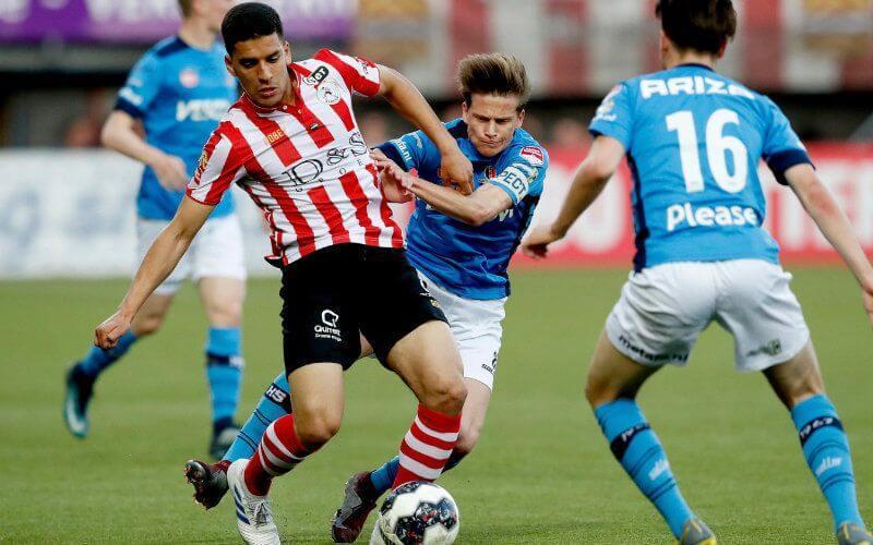 الفيفا يسمح للاعب عبدو هروي بحمل قميص المنتخب المغربي