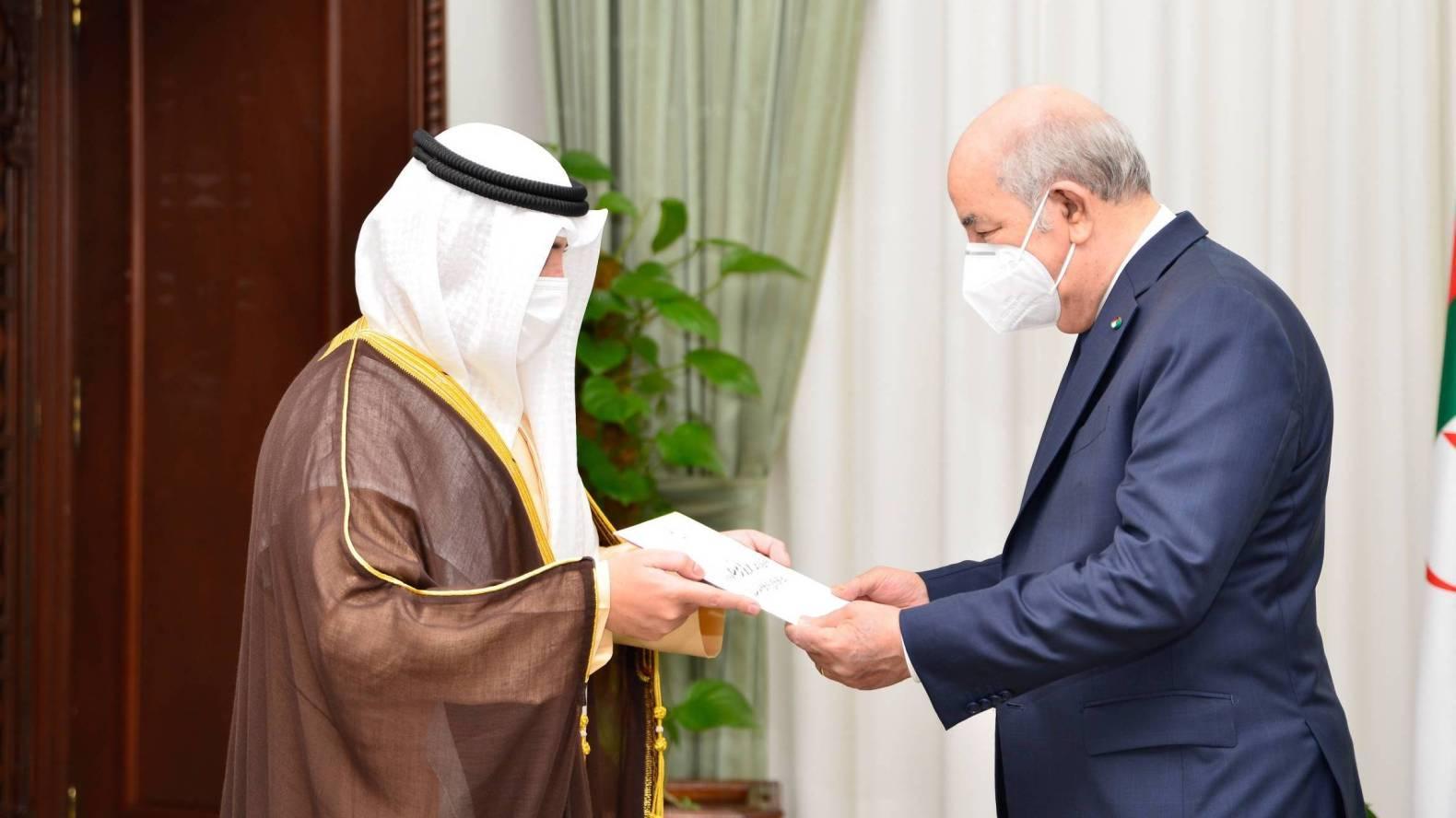 هل حل وزير الخارجية الكويتي بالجزائر للعب دور الوساطة مع المغرب؟