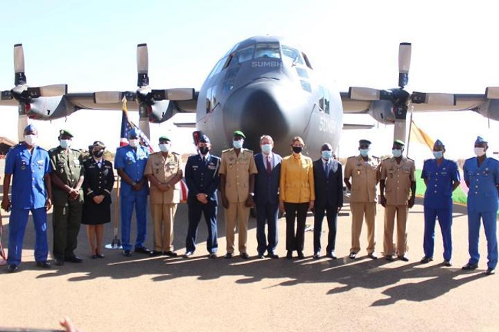 Niger : Le Ministre de la Défense réceptionne le C130 de l'Armée rénové par les Etats-Unis
