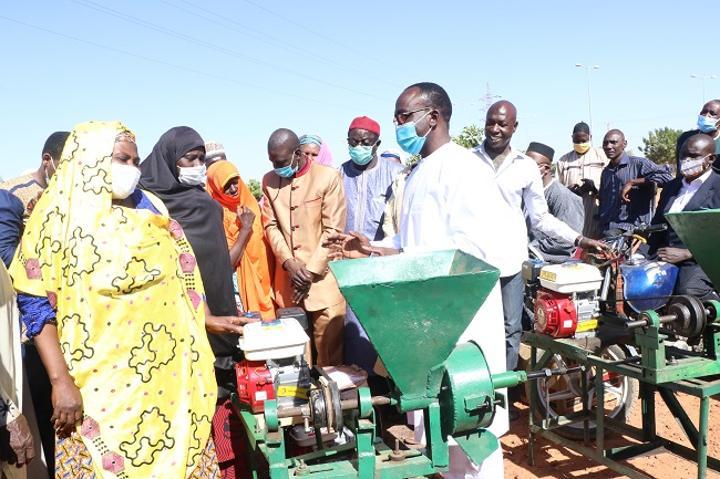 La ville de Niamey distribue des kits aux producteurs maraichers ou ''Noma rany''