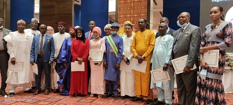 Niger : Plusieurs acteurs de la réussite du sommet de l'Union Africaine de Niamey honorés