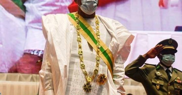 Bazoum devient président du Niger et accuse les jihadistes de
