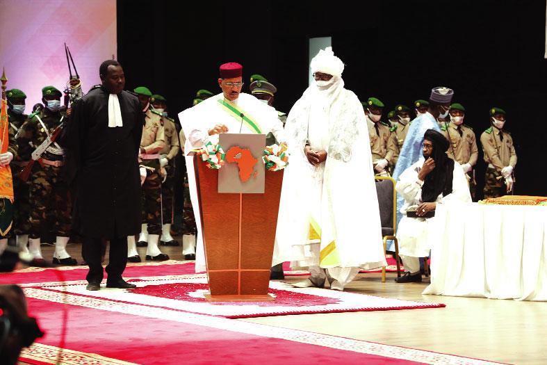 Investiture du président du Niger : Mohamed Bazoum promet le changement dans la continuité