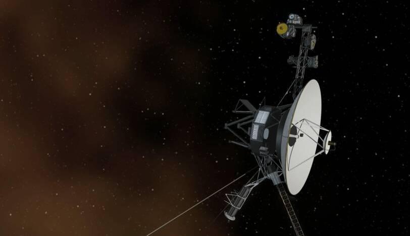 """Un vaisseau spatial a détecté un mystérieux """"bourdonnement"""" au-delà de notre système solaire"""