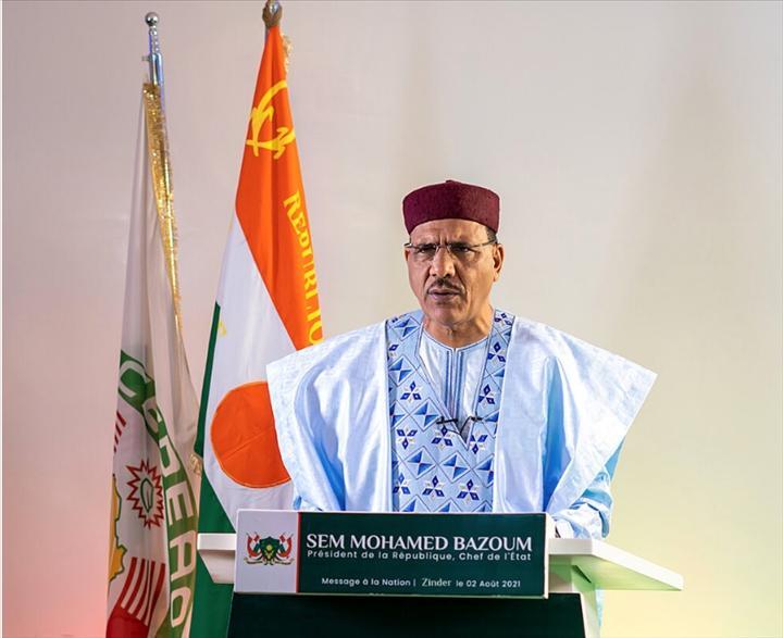 Région de Tillabéri : Le Président Bazoum échange avec les populations de l'Anzourou victimes des exactions des terroristes