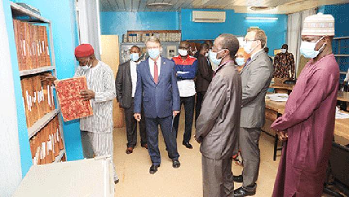 Visite de l'ambassadeur des Etats Unis au Niger à l'ONEP : SE Eric P. Whitaker encourage les journalistes pour la qualité et la disponibilité de l'information