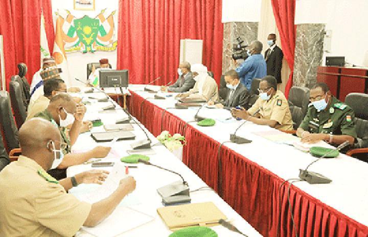 Au Palais de la Présidence de la République : Le Chef de l'Etat préside la réunion du Conseil National de Sécurité