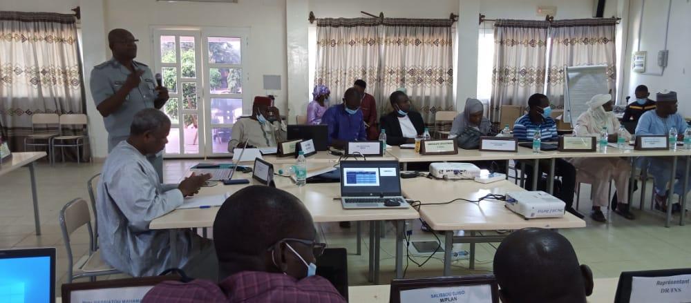 Le Haut-Commissariat à la Modernisation de l'Etat organise à Dosso une formation en évaluation rapide