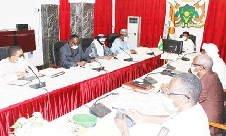 Au Palais de la Présidence de la République : Le Chef de l'Etat préside une réunion du Conseil National de Sécurité