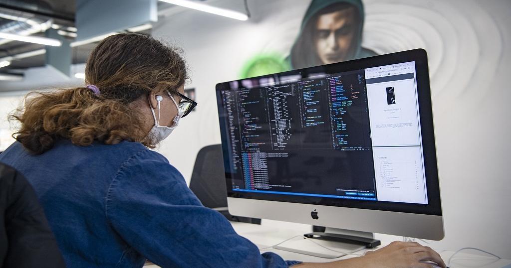 Moroccan geeks flock to 'hackers' paradise'