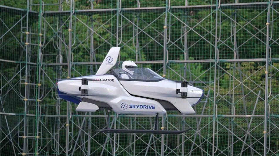 Japanese flying car successfully completes first test flight