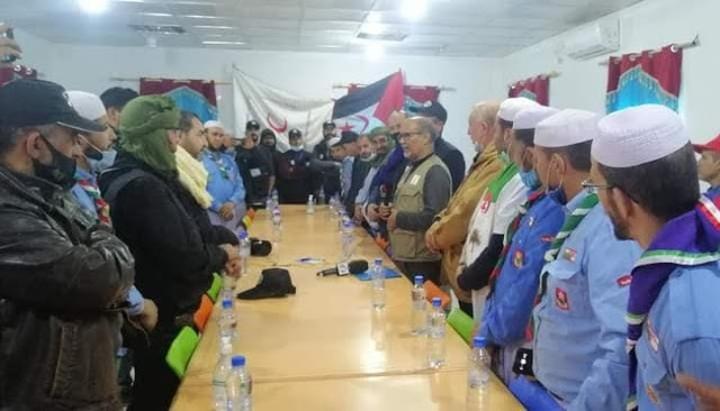 الجزائر ترسل قافلة مساعدات إنسانية وبعثة طبية للاجئين الصحراويين