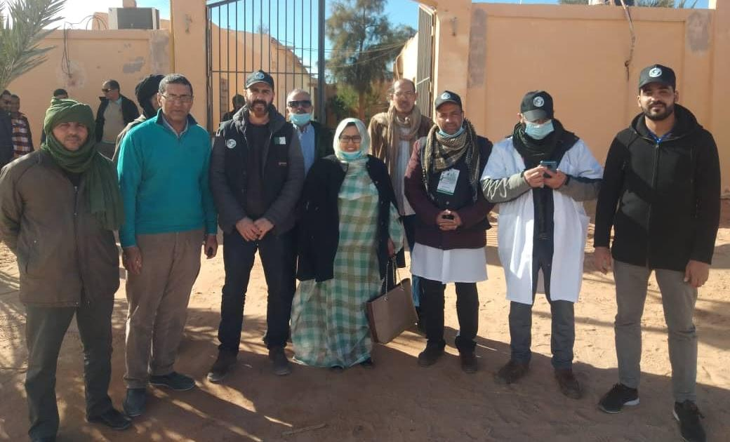 أطباء من جمعية الايادي البيضاء في زيارة عمل وتضامن الى مخيمات اللاجئين الصحراويين