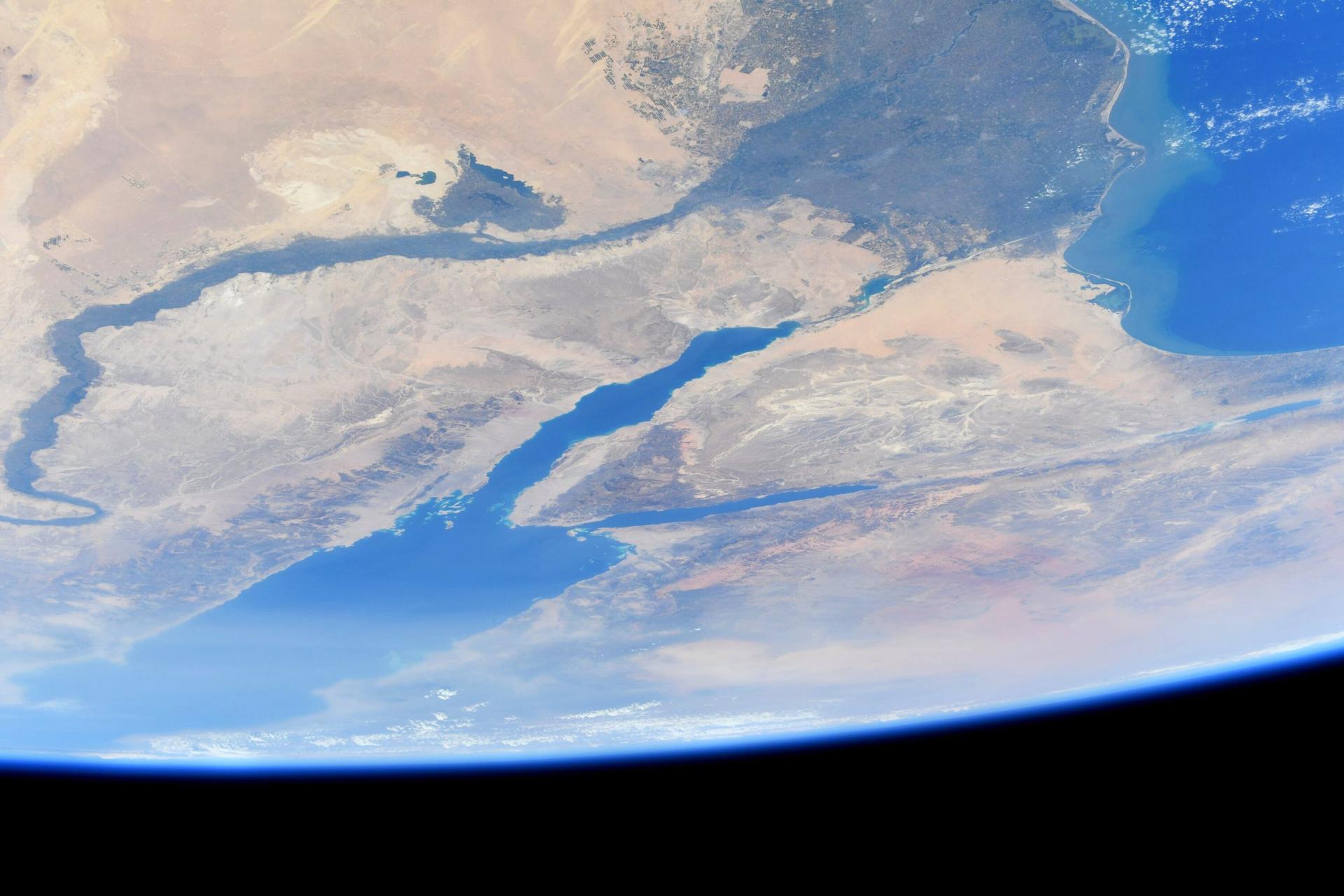 """""""لوحة مرسومة"""".. قائد مهمة ناسا يلتقط صورة جوية لمصر من محطة الفضاء الدولية"""