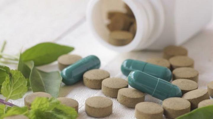 أدوية إنقاص الوزن: دراسة حديثة تشكك في جدوى المكملات