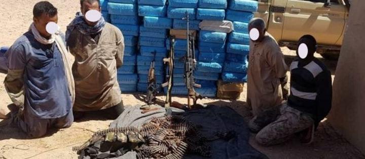 مسؤول عسكري : دعم شبكات تهريب المخدرات للجماعات الإرهابية, ضاعف من التحديات الامنية بعد إنهيار وقف إطلاق النار بالصحراء الغربية.