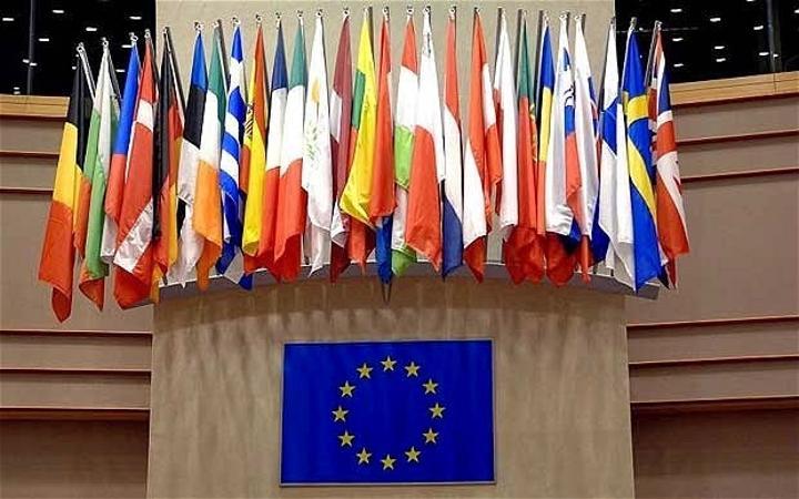 البرلمان الاوروبي : ازمة سبتة نتيجة مباشرة لفشل حل النزاع في الصحراء الغربية، والاتحاد الأوروبي مطالب بالتمسك بالوضع الإقليمي المتميز والمنفصل للاقليم